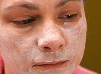 Skin, body, & makeup / by Frankie Hruza