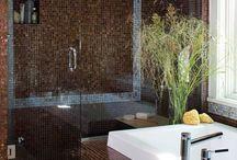 Guest bathroom / by Lindsay Thomson