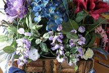 Floral Arrangements / Any kind of floral arrangement / by Debbie Keskula Bohringer