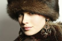 GLORIA DREAMS LUXE / BEAUTIFUL WINTER FASHIONS AND LUXURY  / by Gloria Hanna