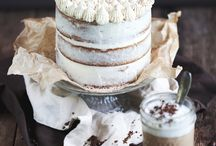 Cakes & cupcakes / by Aisha Hayes