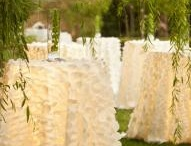 Outdoor extravagance! / by Carole Pray