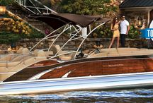 2014 Bennington Pontoon Boat Models / Bennington Pontoons takes luxury to the next level. With the addition of our Mahogany edition and Blackout model, 2014  was truly a year to ride in style. / by Bennington Pontoons