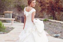 Wedding dresses  / by Elisabeth Strief