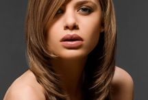 Women's Hairstyles  / by Naomi