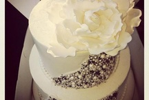 Weddings - Black, White, Silver / by Oh Buttercup Events