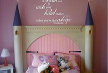 Isabella's room / by Tati Porter