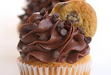 Cupcakes cupcakes and cupcakes!!!! / by Melissa Sepulveda