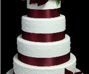 Christmas Wedding Cakes / by Diane Castro
