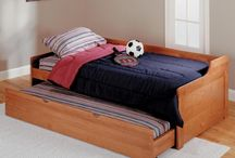 Daybeds / by Kay Holsted