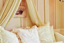 Decoration / Exterior and Interior decoration / by Sara Ingram