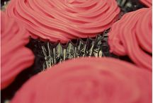 Cupcakes and Cakes / by Vanessa Spencer