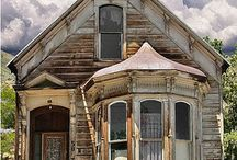 Ghost Towns & Abandoned Buildings / by Tracy Dyer