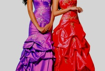 Dresses / by Chelsea Dulin