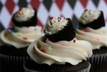 Cupcakes / by Rebecca Clingerman