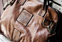 Leather bags / by Charlotte van Welsem