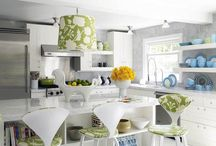 Kitchens / by Carina