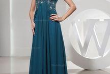 Dresses..MOTB / by Sandra Beres-Vukoje