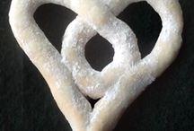 shaped bread / by Kate Zelic