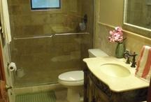 **House~ Hall Bath/Closet / by Michelle C.