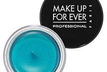 Make Up <<<333 / by Jenna Sankus