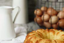 Bizcochos, tartas, panes dulces... / by Marta Ruiz Marín