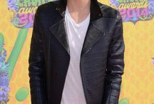 Cody Simpson❤️❤️❤️❤️ / Cody Simpson  / by Kassi Klakamp