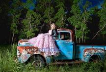 Senior Pic Ideas / by Christine Smith-Simmons