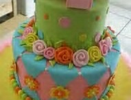 Cake Ideas / by Tara Canning