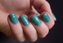 nails <3 / by Amanda Hanson