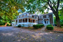 Gorgeous Real Estate / by Steve Levine