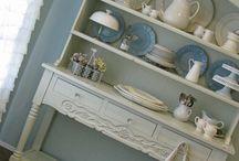 Shelf Displays / by Karen Dismore Sprunger