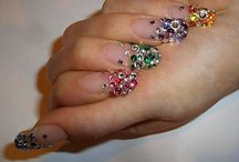 Nails<3 / by Zoe Nielsen