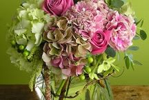 Florals I Love / Floral design inspirations. / by Terri Marshall