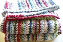 :: CROCHET :: / Je ne sais pas faire des crochets mais je les trouve très mimis!  / by Anne-Laure Alain