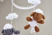DIY - Kraamcadeau / Baby shower / by Freubelweb