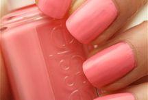 Nails / by Rachel Schlechter