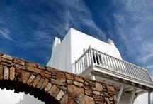 ISLAND HOPPING / San Giorgio Beach Hotel Hotel in Mykonos. Image © San Giorgio / by Archizar archizar