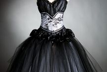 All things INTRICATE / Really beautiful dresses, corsets, skirts, and other unique or vintage things. Poof, Class, Extravagant, Strange / by Ashley Lowry