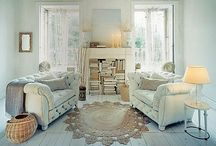Living Rooms to Die For / by Stephanie Camacho