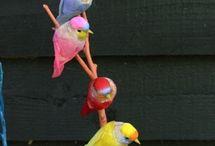 Animales / Adoro los animales en general, los bebes por su ternura, los pájaros por sus colores o su rareza, muchos que no conozco, el amor que existe entre ellos, la capacidad de algunos de convivir con otras especies, y lo graciosos que pueden ser. / by Maty Jimenez