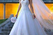 weddingsssss / by Morgan Runnion