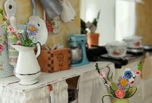 Dollhouse kitchens / by Mi Patio Escondido Mi Patio Escondido