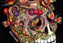 Dia de los muertos and skulls / by Robin Raley