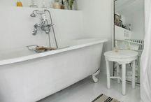 Inside [bathroom] / by eLL eM