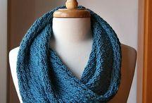 knitting / by Gloria Contreras