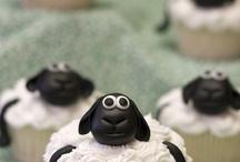 Cupcakes / by Sissy Alcantara