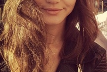 Eleanor Calder / Eleanor is such a sweet girl and she is absolutely gorgeous. I love her hair, cloths and style in general. And I love that she makes Louis happy :) / by Sandra