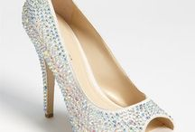 Killer Shoes / by Think Chic