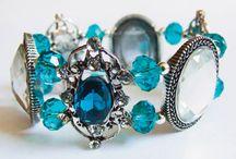 jewelry / by Patricia Bardua